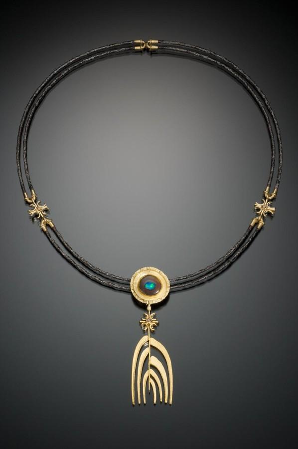 Cust-Robin-Opal-Portal-Necklace